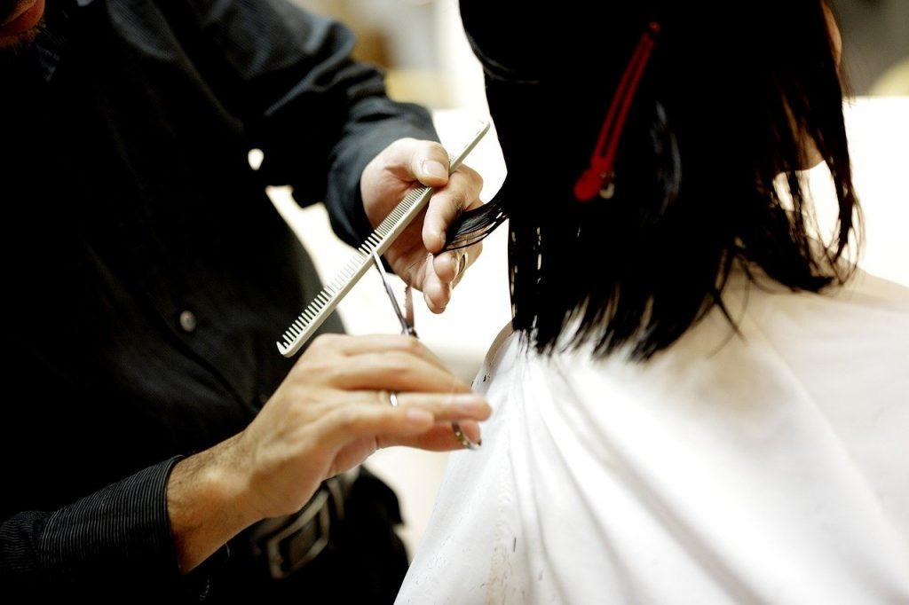 haircut, hair cut, beauty salon-834280.jpg